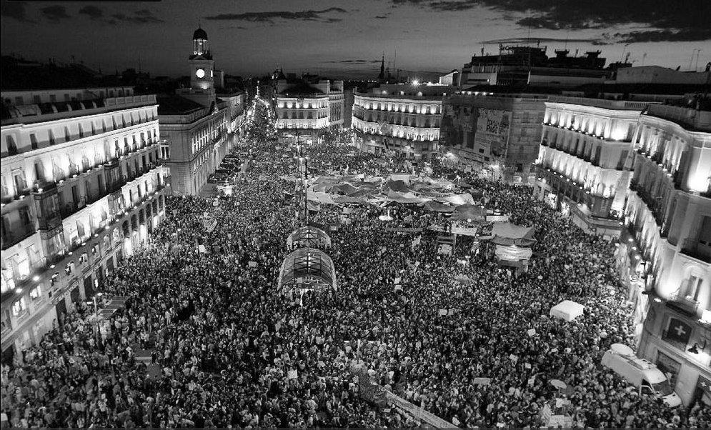La scintilla di Gezi: fluttuazioni degli animi di una moltitudine urbana e ribelle – Moira Bernardoni