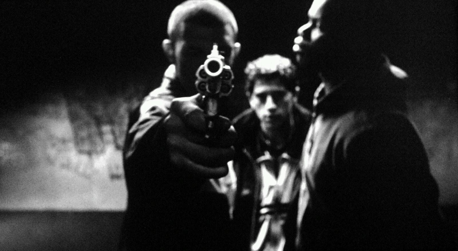 """A dieci anni dalla rivolta delle banlieues: """"La violenza. Saggio sulle frontiere del politico"""""""