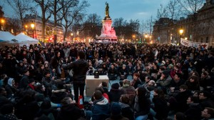 nuit-debout-place-de-la-republique-paris_5575027 2