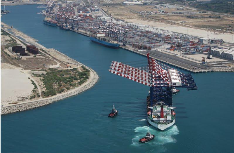 Gioia Tauro senza gioia: il fallimento della pianificazione industriale e la forza dei portuali
