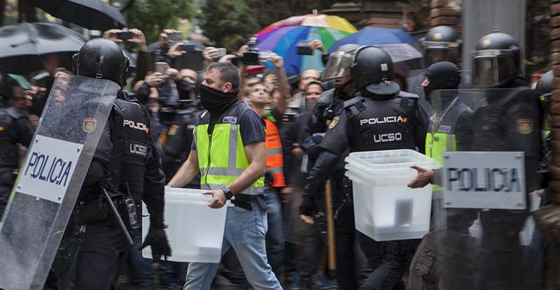 La vendetta di Madrid con il trucco della «legalità»