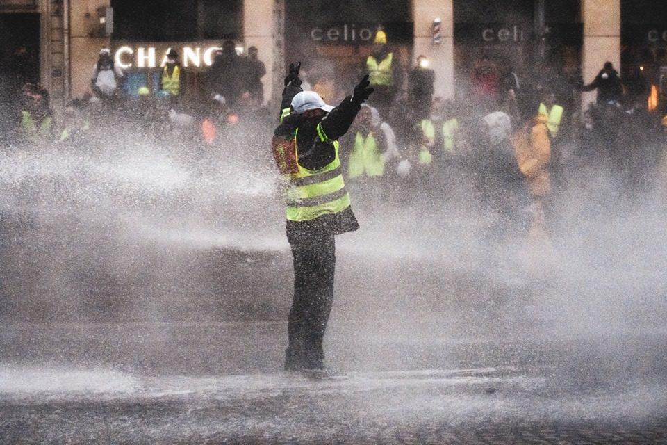 Che cosa succede in Francia?