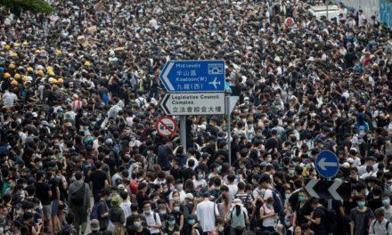 Hong Kong, la Cina e noi