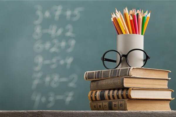 Istruzione, terreno politico e di lotte contro valutazioni totalitarie