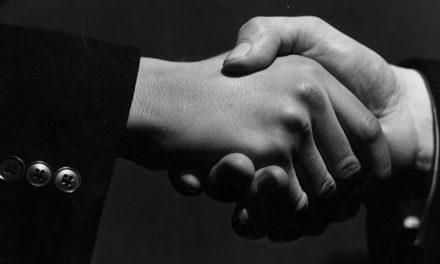 """Il contratto in """"crisi"""". Su sopravvenienze, solidarietà e politica del debito"""